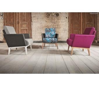 Fotel Montana B-1430 dąb tapicerowane z podłokietnikiem z kolekcji FAMEG